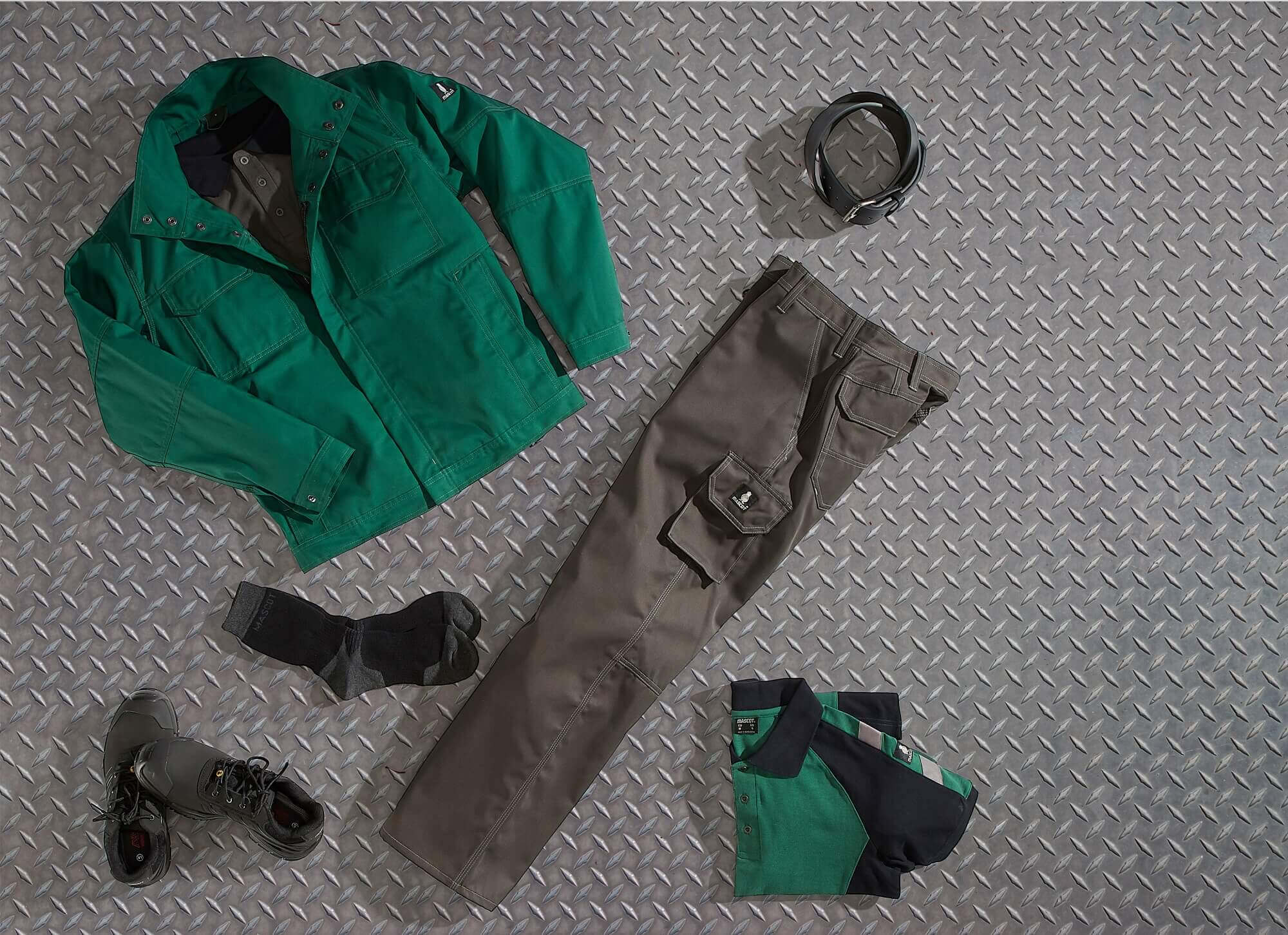 Work Jacket & Work T-shirt - Collage - Green