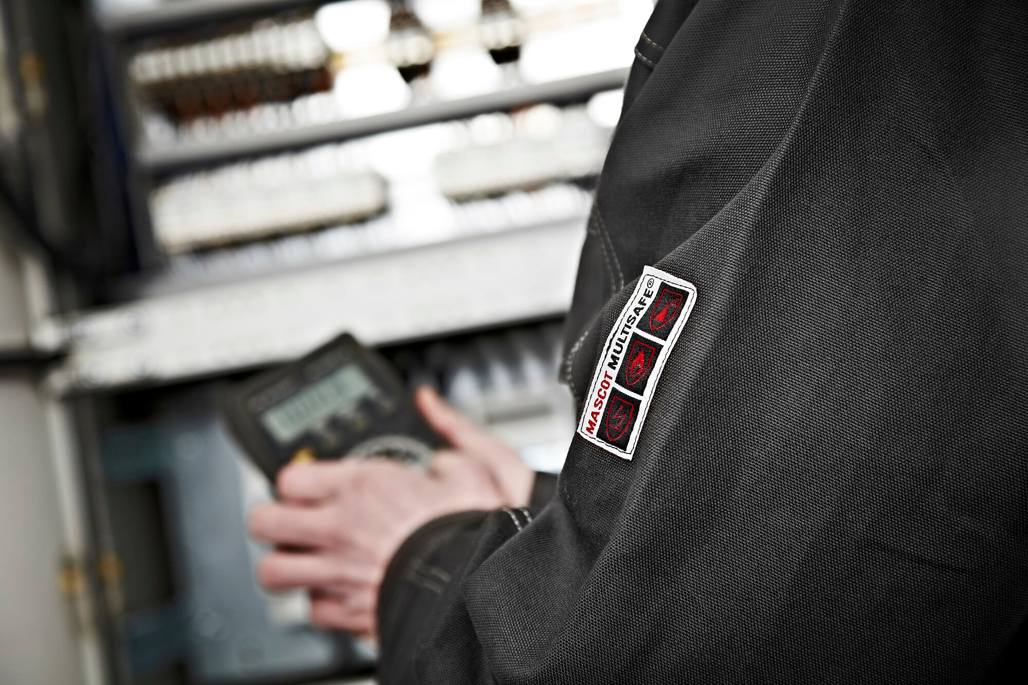 MASCOT® MULTISAFE Jacket - Detail - Electrician