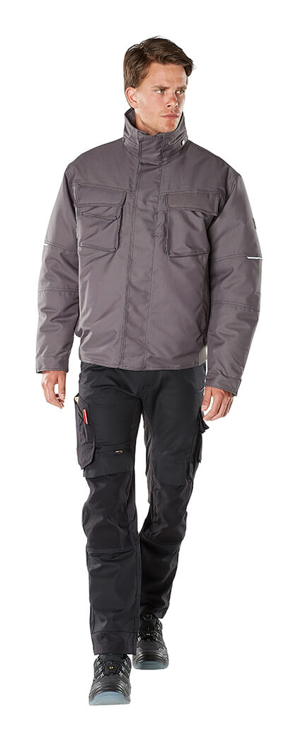 Model - MASCOT® HARDWEAR - Pilot Jacket & Trousers with kneepad pockets