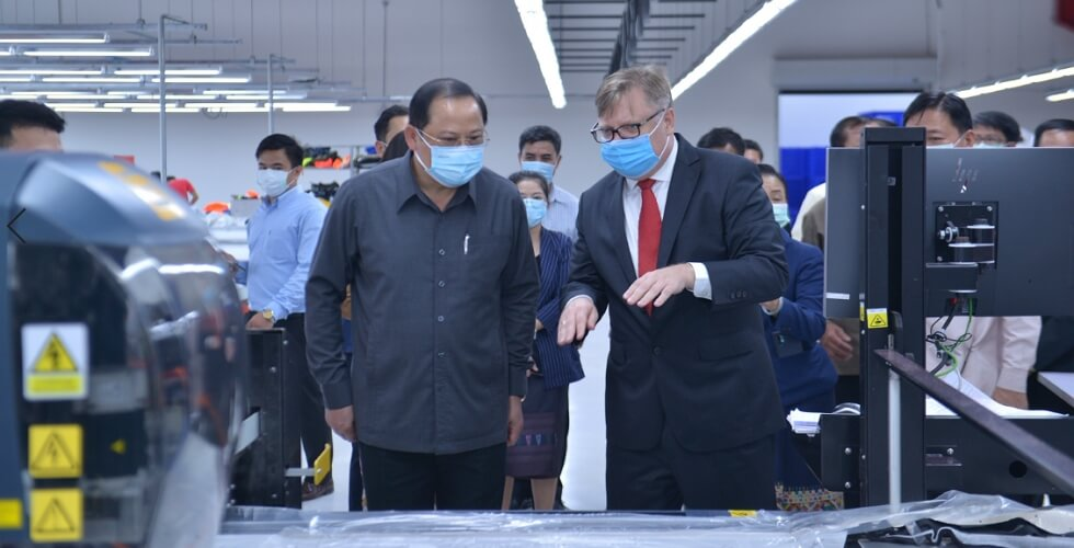 Deputy Prime Minister shows great interest in working environment