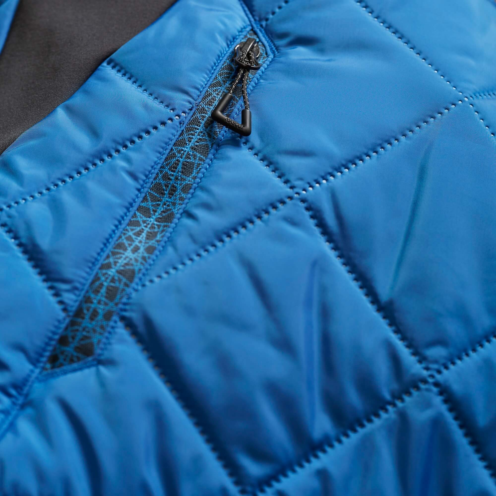 Thermal Clothing - Royal blue - Detail - MASCOT® ACCELERATE