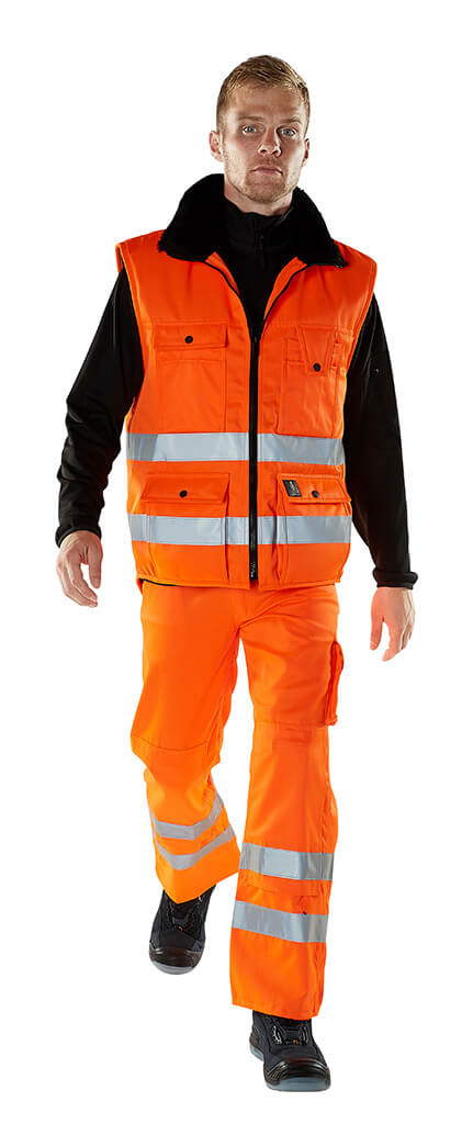 Winter Gilet & Trousers - Fluorescent orange - Model - MASCOT® SAFE ARCTIC
